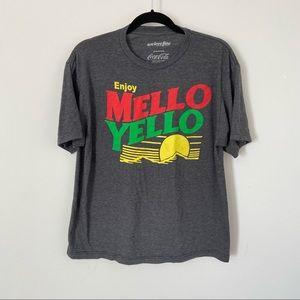Men's Mello Yellow Grey Graphic T-shirt L